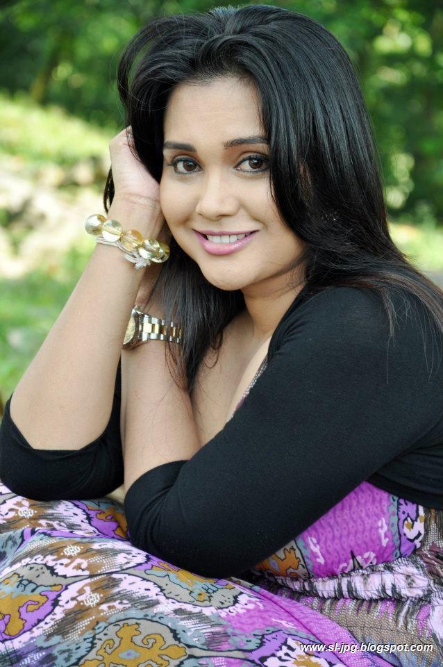 Sri lankan model anusha rajapaksha sex video 9