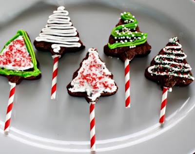 Christmas Tree Brownie Pops