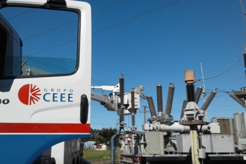 Justiça aceita pedido da Defensoria e proíbe concessionárias de cortar energia elétrica de consumidores inadimplentes