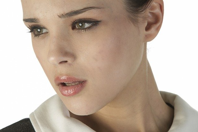 Turkey Neck: 5 Best Facial Muscle Exercises for Sagging Neck Skin and Jawline