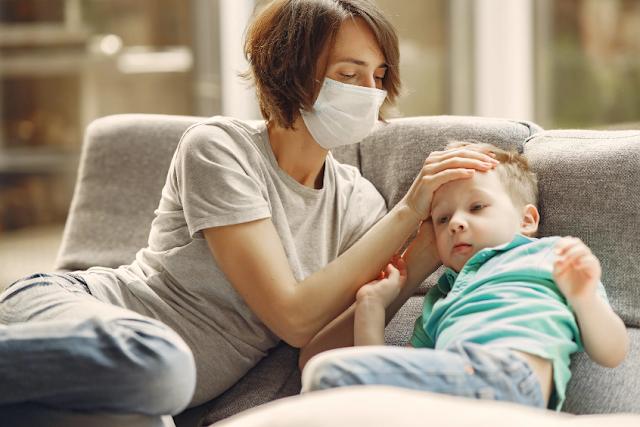 كيف تخفض الحمى عند الاطفال بدون ادوية