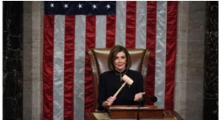 نانسى بيلوسى: كيف وصلت رئيسة مجلس النواب الأمريكى الى القمة وحافظت على موقعها
