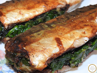 Peste umplut cu spanac reteta traditionala pescareasca dobrogeana retete culinare de casa mancaruri macrou prajit rapid la tigaie,