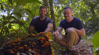 O engenheiro agrônomo Aruay Goldschmidt e o biólogo Anderson Santos - Divulgação