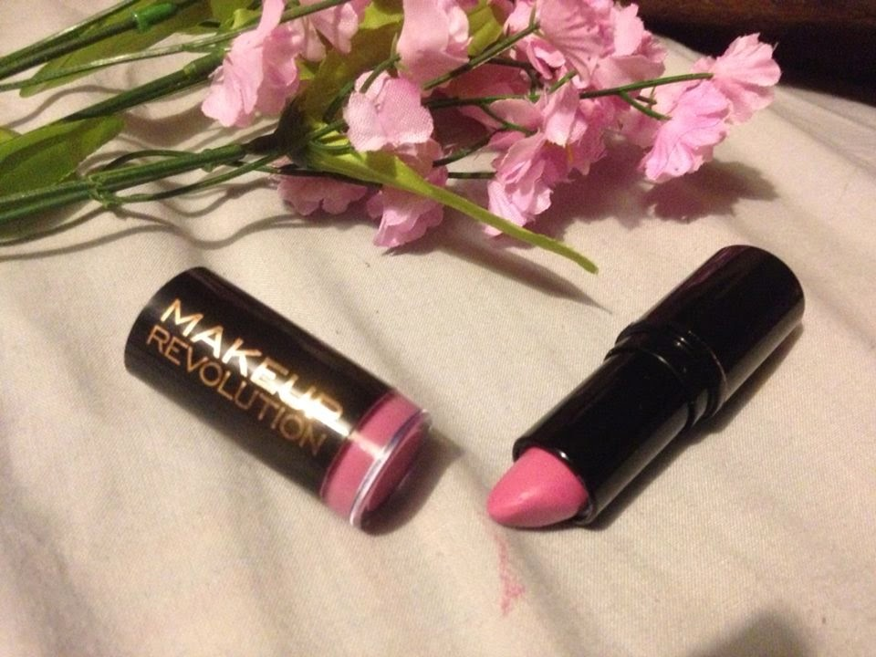 makeup revolution lipstick enchant