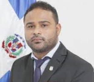 Diputado Otoniel Tejeda reconoce la labor de los agricultores de San Cristóbal en su día