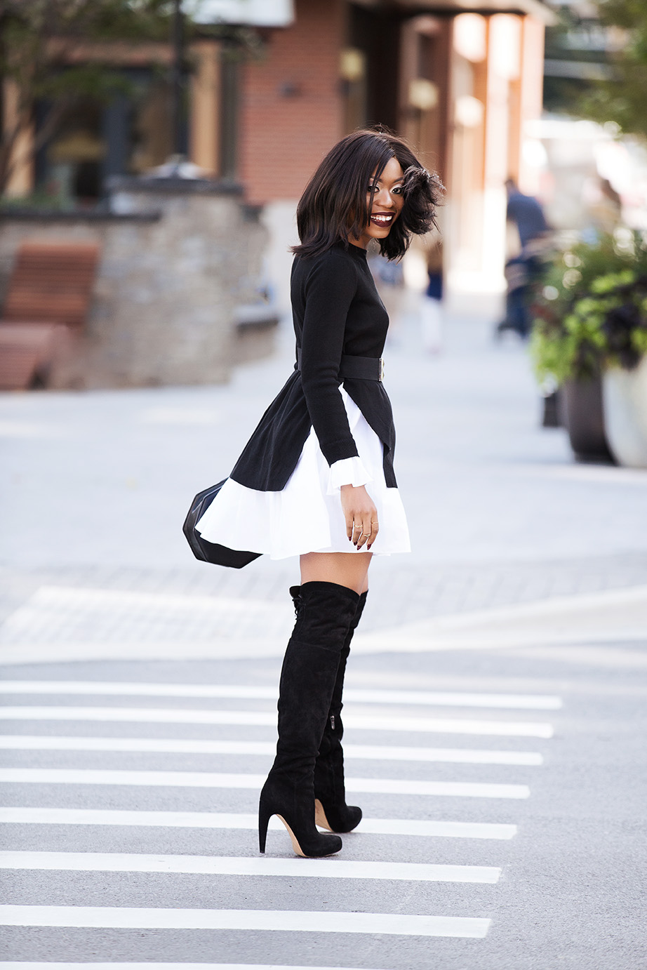 black and white combo for fall, OTK boots, www.jadore-fashion.com