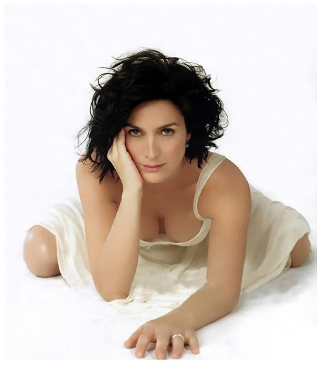 Carrie-Anne Moss Resimleri - Carrie-Anne Moss Pictures