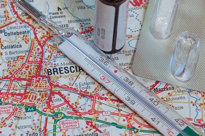 Coronavirus: risalgono i contagi, oltre la metà in Lombardia
