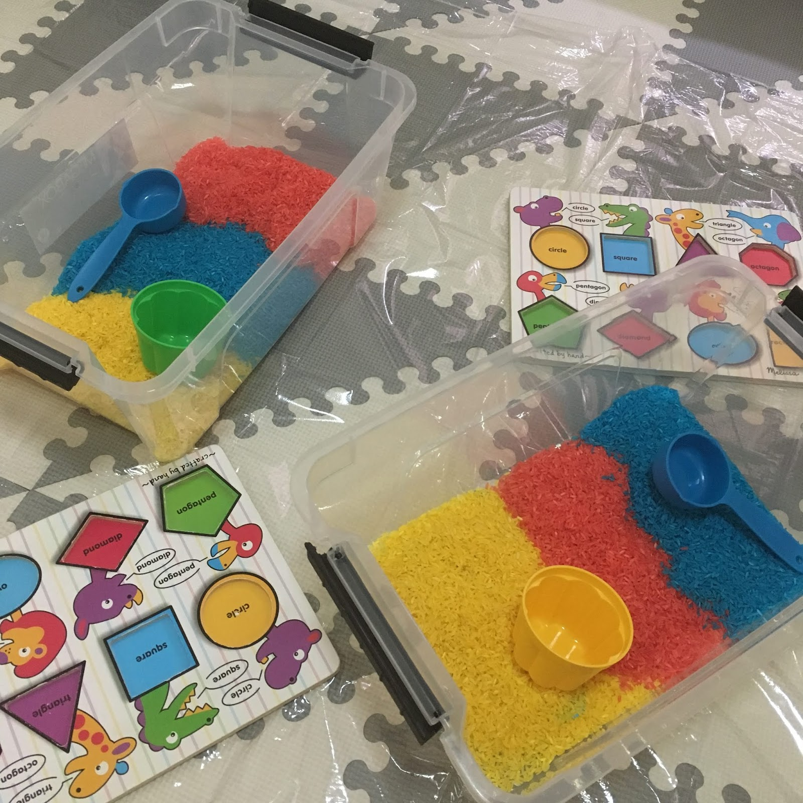 sensory bin play rainbow rice