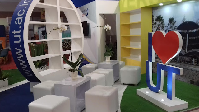 Booth Universitas Terbuka Pada Pameran IIBX