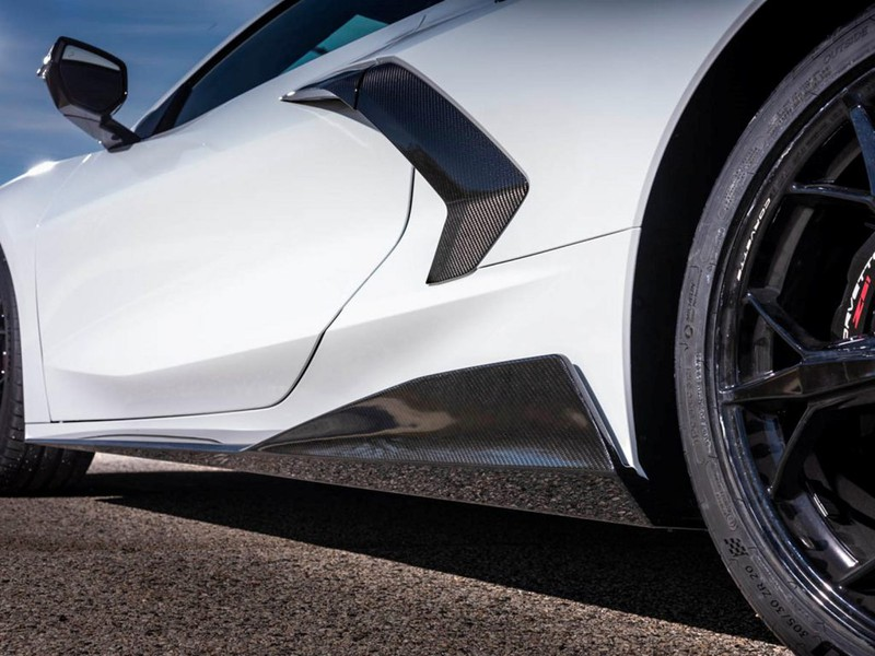Ra mắt gói nâng cấp sợi carbon cho Chevrolet Corvette