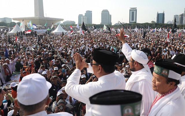Aksi 212 Dinilai Dongkrak Prabowo, Gerus Elektabilitas Jokowi