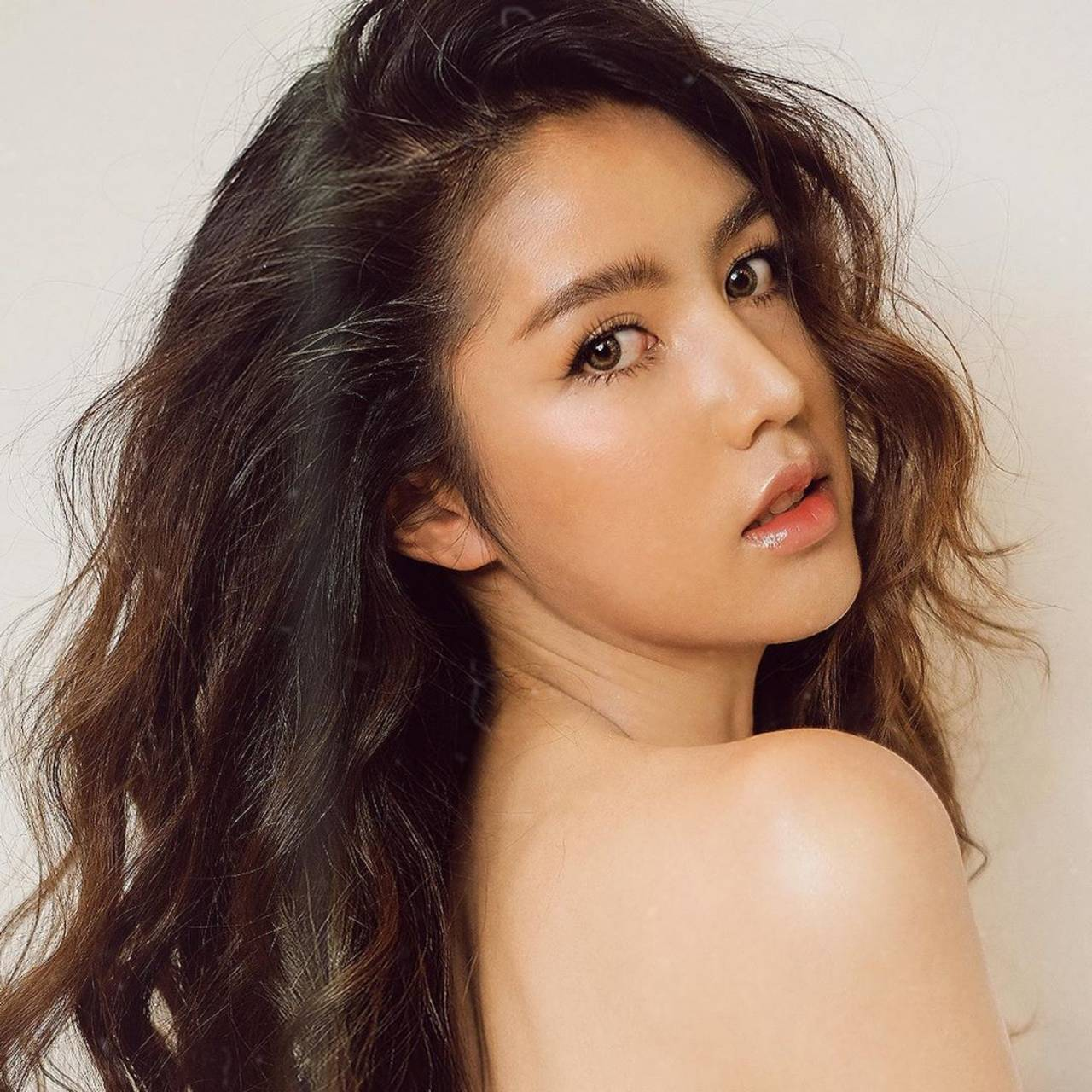 Min Kamonluck - Most Beautiful Thailand Transgender Model
