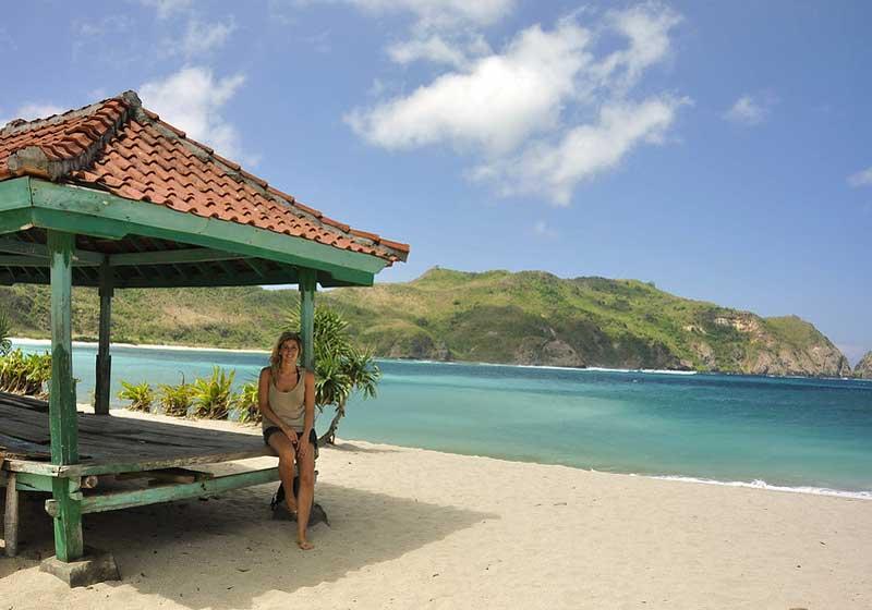 Fasilitas di Pantai Mawun