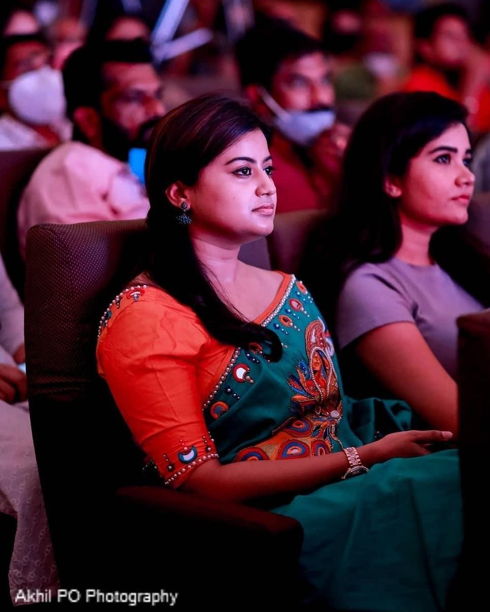 South Indian Actress Ansiba Hassan Photos