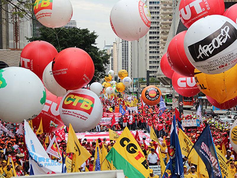 CTB llama a ocupar Brasilia contra reformas de Michel Temer