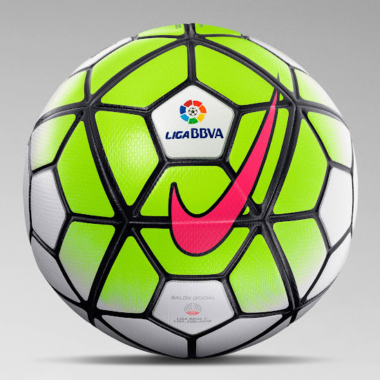 Based on the same design as the Nike 2015-16 Premier League Ball e7a5aa3b7b844