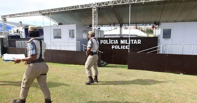 PM conduz repórteres da Veja que apuravam caso de miliciano morto na Bahia