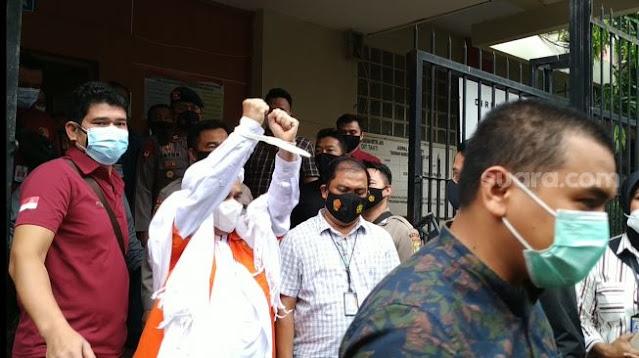 Habib Rizieq Tolak Hadir di Sidang Daring, Kuasa Hukum Ancam Majelis Hakim