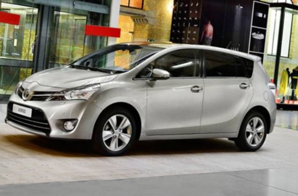toyota verso 2017 review