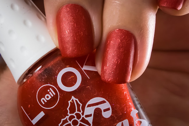 Naillook X-MAS collection 31472 Candy Cane macro