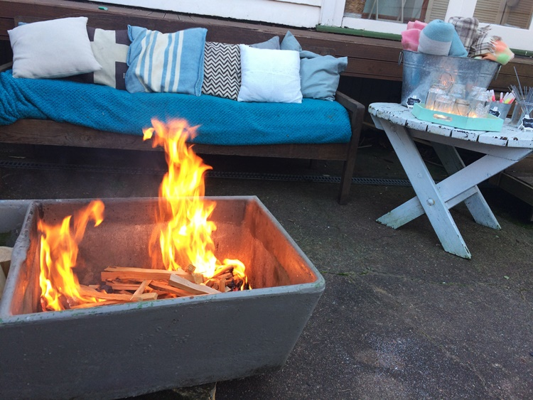 Firepit made from an old concrete washtub