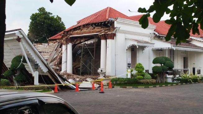 Rumah Pengusaha Terkaya Asia di Semarang Roboh Secara Misterius