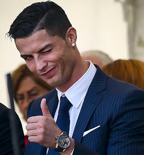 رونالدو يكذب شائعات رحيله من ريال مدريد