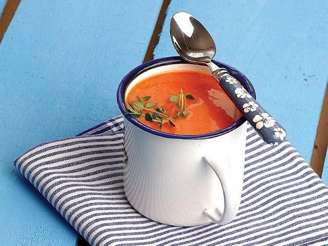 Sebzeli Domates Çorbası Nasıl Yapılır?