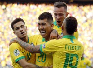 COPA AMÉRICA: Brasil goleia o Peru e avança às quartas de finais.