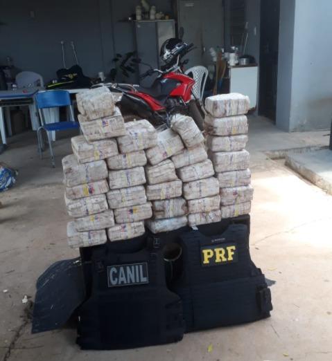 Trafico: PRF prende homem em flagrante transportando drogas no Piauí