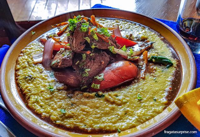 Cazuela de lomo saltado do Restaurante Inkazuela, Custo, Peru