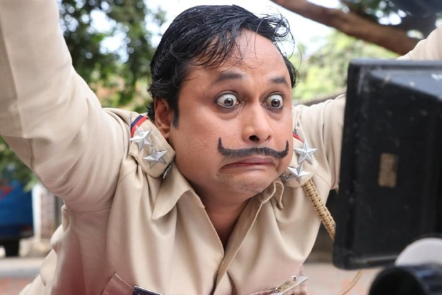 tv-show-happus-oulton-platoon-has-seen-the-special-look-of-daroga-happu-singh-by-the-audience