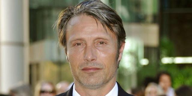 'Precisa haver uma ponte entre o que Johnny fez e o que eu vou fazer', diz Mads Mikkelsen sobre interpretar Grindelwald | Ordem da Fênix Brasileira