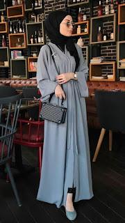 Inspirasi baju lebaran muslimah warna abu-abu