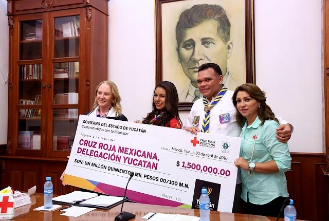 Entrega Ejecutivo estatal donativo por 1.5 mdp a la Cruz Roja