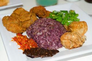 Nasi Kalong Bandung Rajanya Kuliner Malam Hari