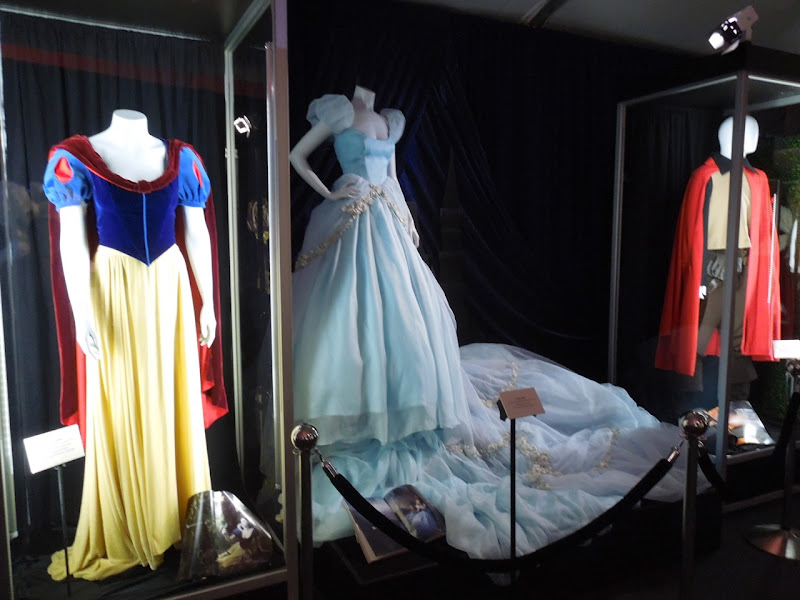 Disney Dream Portraits Fairytale costumes