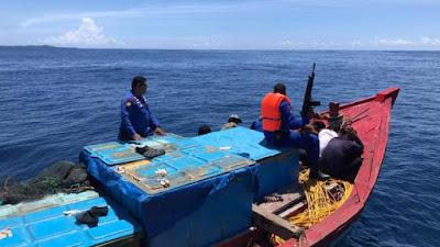 Polisi Bekuk 7 Pelaku Pengebom Ikan di Perairan Sipora