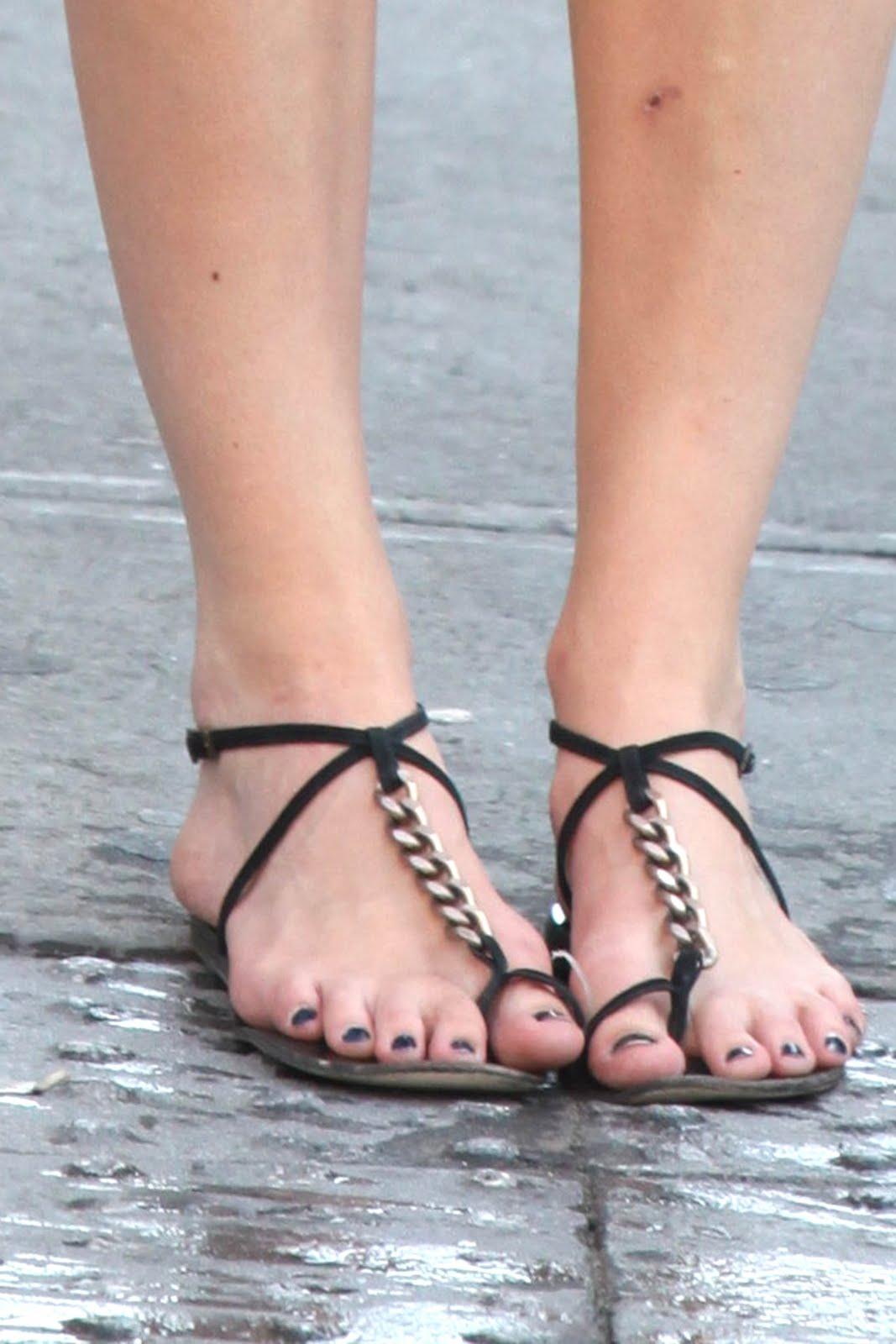 Celebrity Feet Keira Knightley