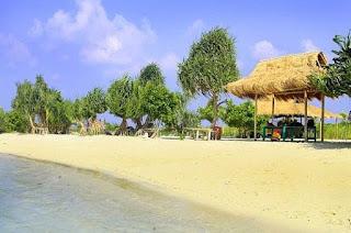 http://www.teluklove.com/2017/04/destinasti-objek-wisata-pantai-pasir.html