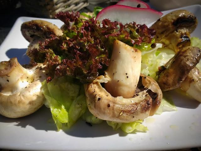 Pranz la Vlahia Inn, Moeciu de Sus