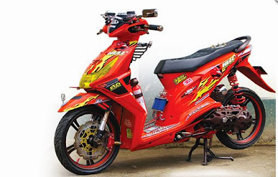 Modifikasi Motor Honda Beat Merah
