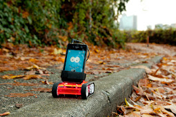 The Cool Smartphone Spy-Robot by Romotive
