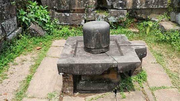10000 வருட பழமை மிக்க தமிழ் சிவ லிங்கம் அமெரிக்காவில்