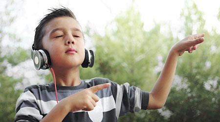 Sự Thật Thú Vị Về Việc Nghe Nhạc