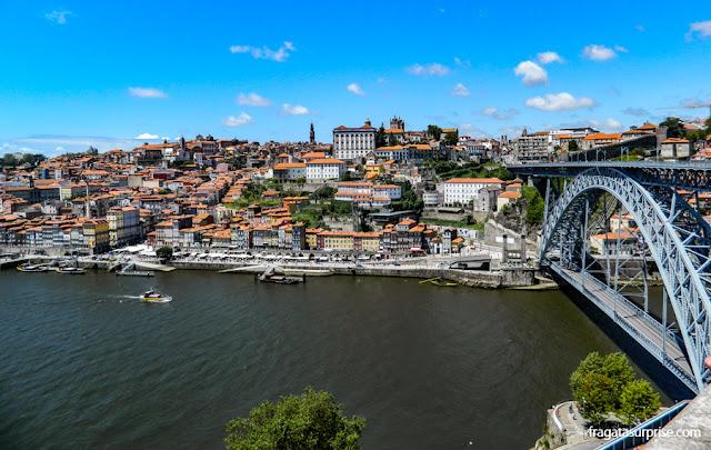 A Cidade do Porto vista da rampa do Teleférico de Vila Nova de Gaia