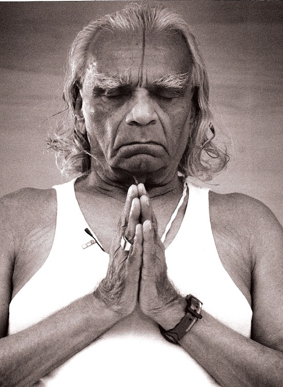 Bks Iyengar Yoga Postures Awards Achievements Books List For Good Health