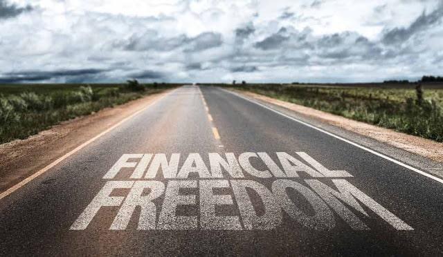 Tahapan Dan Tips Mencapai Kebebasan Finansial